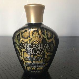 Kardashian Glow Special Event Bronzer